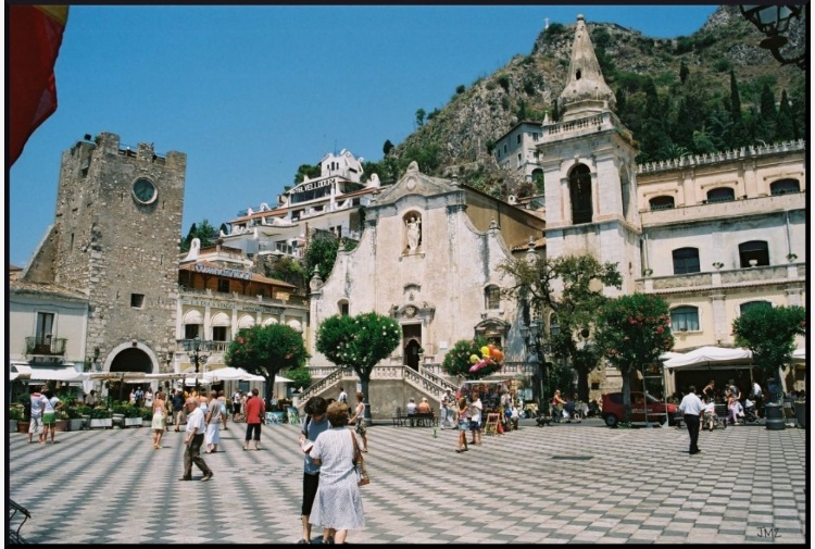 France Odeon subentra al Taormina Film Fest?