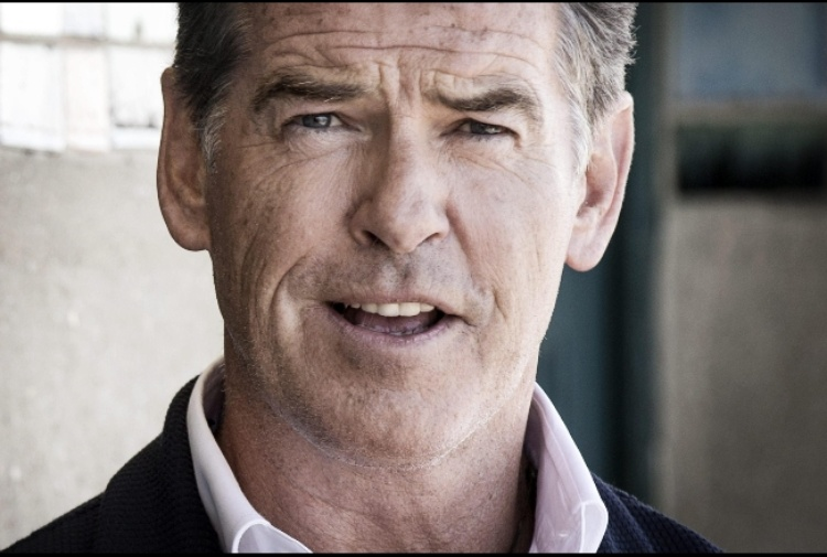 Brosnan, guai in India per spot tabacco