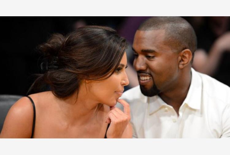 Quanti anni era Kim Kardashian quando ha iniziato ad uscire con Kanye
