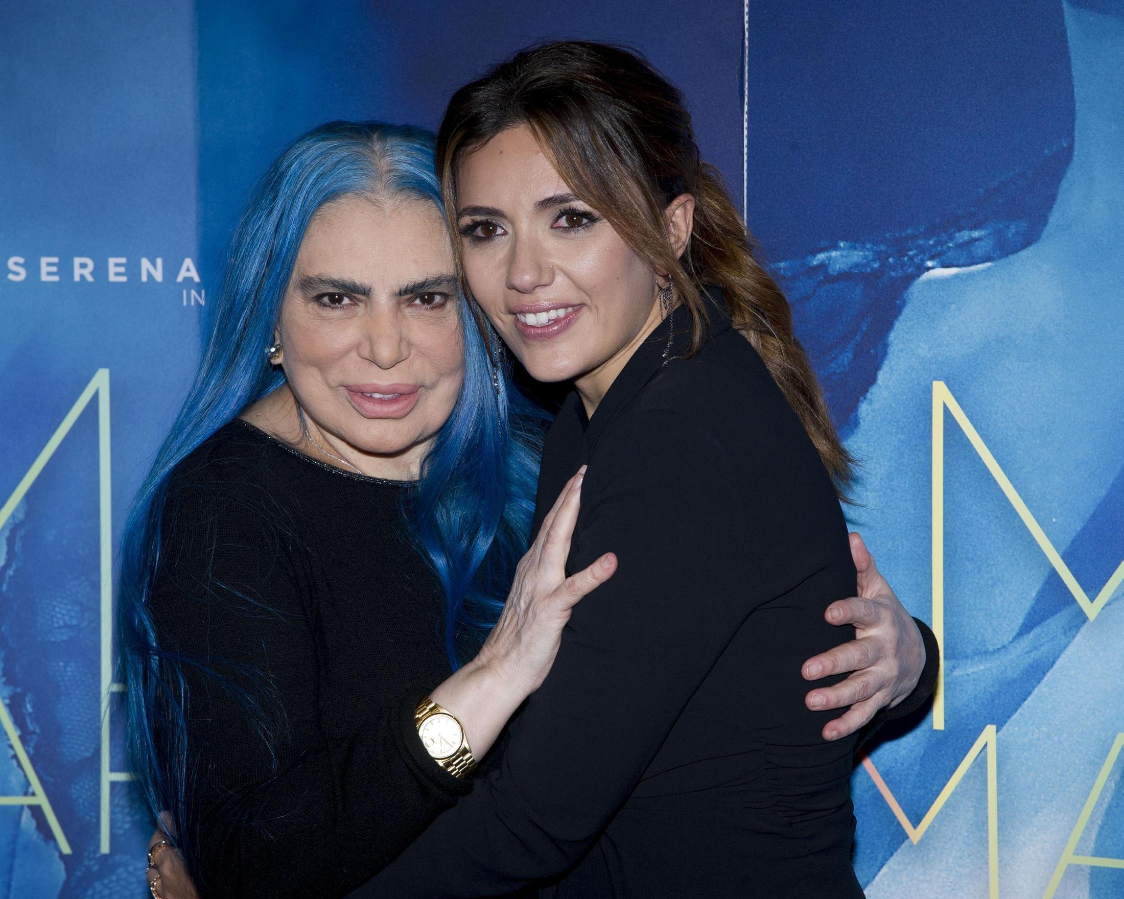 Sanremo 2019, l'abbraccio dietro le quinte tra Loredana Bertè e Serena Rossi